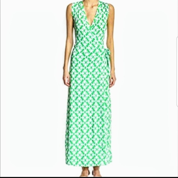 Macbeth Collection by  Margaret Josephs Dresses & Skirts - NWT Gorgeous wrap dress